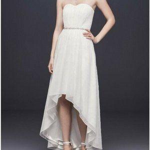 David's Bridal ivory sweetheart chiffon dress